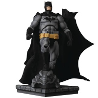 Фигурки Бэтмена - Фигурка Бэтмен (Miracle Action Figure Batman Hush Black Version)
